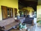 LUJO & NATURALEZA - ESPECTACULAR CASA de 764 m2 a cuatro vientos con jardín y piscina