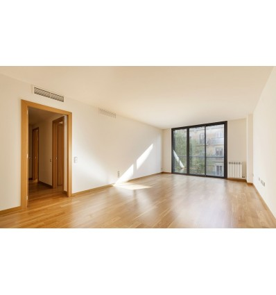 LUXURY 108 SQM 4-BED flat in Eixample - Joan Miró Square (Barcelona)