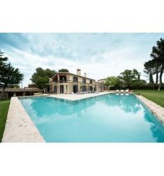COSTA BRAVA - IMPRESSIONANT MASIA REFORMADA de 763 m2 amb piscina i parcel·la de 3.000 m2
